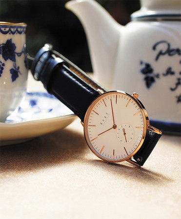 """THE CLASSIC SMALL SECOND """"ROSE GOLD & WHITE"""""""