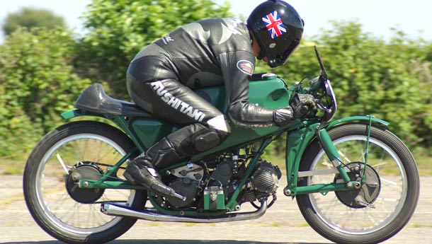 Tales from the Road: Classic Bike Show at Stafford - Racers