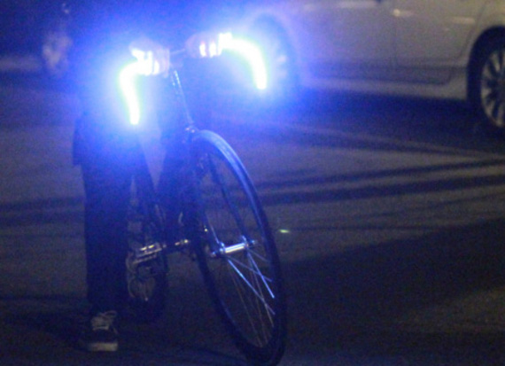 GLO-BARS – LED Base Bicycle Handlebar Concept | By Mitchell Silva | FreshnessMag.com