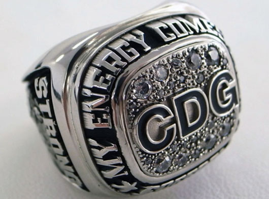 COMME des GARCONS CHAMPION RING Christmas limited edition
