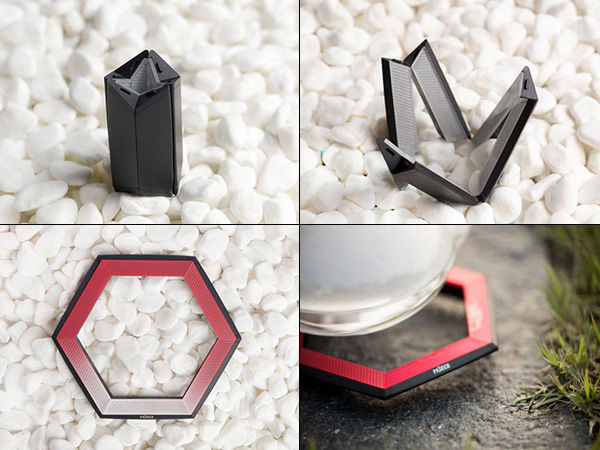 Geometric Camping Cookers - Hexa Folding Stove Opens from a Compact Form into a Culinary Necessity (GALLERY)