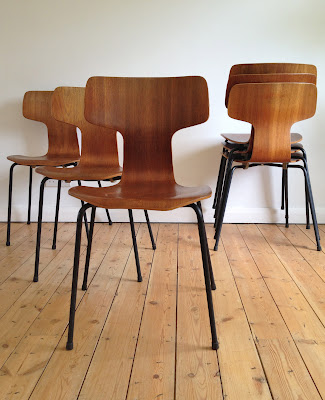 antikmodern: the shop: Arne Jacobsen 3103 chair set