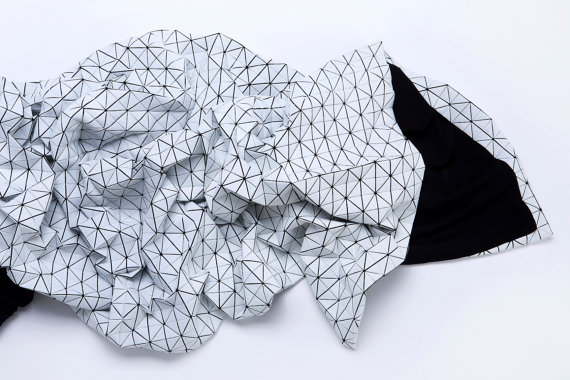 White and black origami geometric throw 160x180 cm/ by mikabarr