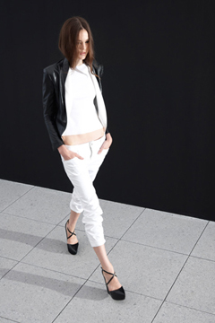 Theyskens' Theory Spring 2011 Ready-to-Wear Collection on Style.com: Runway Review