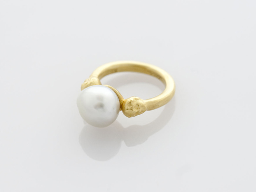 baroque pearl ring (tmh.) - GALERIE MAISONIE