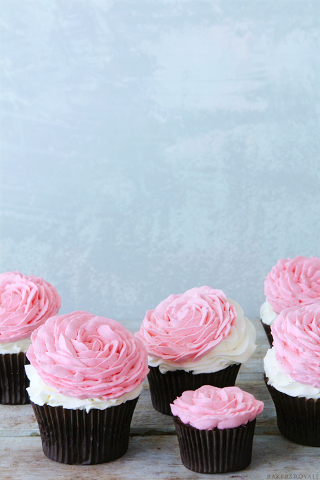 Rose Cupcakes {Take Two}   Bakers Royale