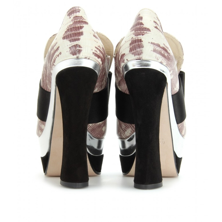 mytheresa.com - Miu Miu - CROCO-EMBOSSED PLATFORM PUMPS - Luxury Fashion for Women / Designer clothing, shoes, bags