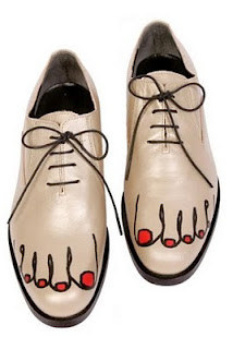 Addicted to YSL: DIY Comme des Garcons Toe Shoes
