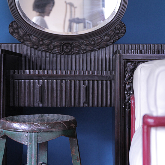dresser with mirror / 化粧台 鏡付[on the shore]