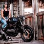 Danielle and the Flying Brick | Inazuma café racer