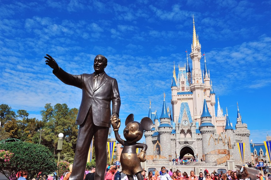 Two King's Students Intern for Disney | The King's College