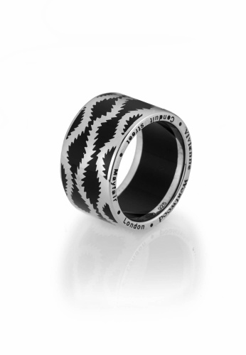 Squiggle Band Ring   Vivienne Westwood