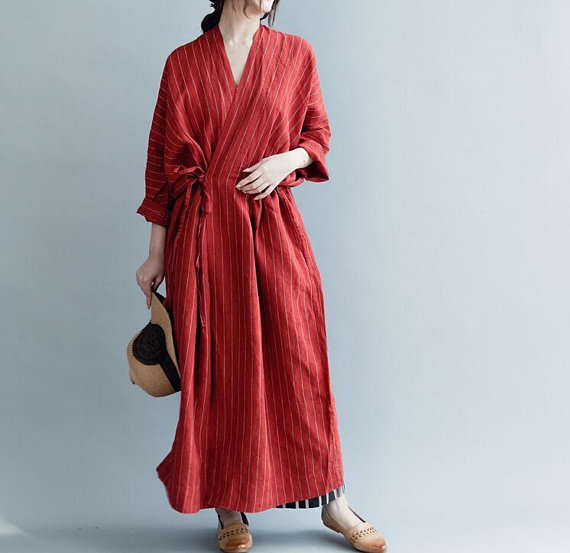 red linen Large size Long sleeves dress Loose V collar long