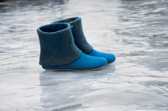 2 colors felted slippers bootie by ing00te on Etsy