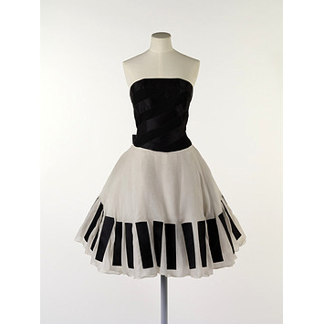Evening dress - The Piano Dress - Victoria & Albert Museum - Search the Collections