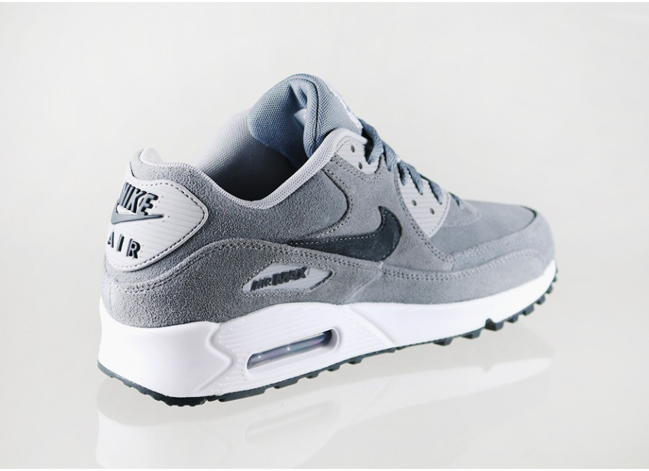finest selection 02e77 5263d ... Nike Air Max 90 Essential