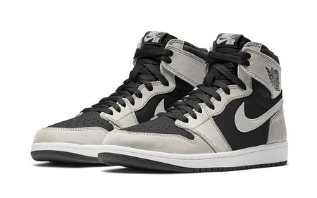 Air Jordan 1 Retro High - OG Black/White/Light Smoke Grey