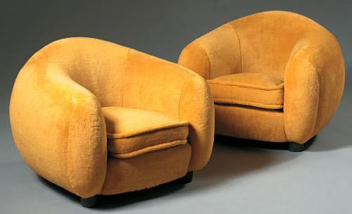 Upholstered bear chairs | Sotheby´s