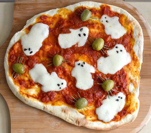 Spooky ghost pizza recipe