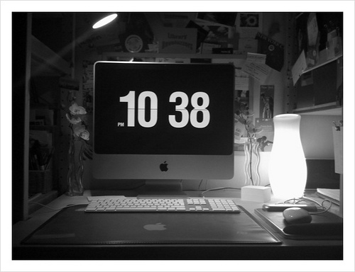 FLIQLO screensaver says it's 10:38pm | Flickr - Photo Sharing!
