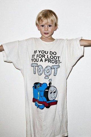 """If you do it for loot you are a prosti-toot"" t-shirt 