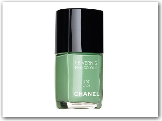 Chanel Jade Green Nail Polish | Beauty and MakeUp Tips