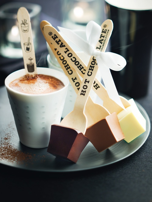 hot chocolate on a stick | fabulousfoodblog.comfabulousfoodblog.com