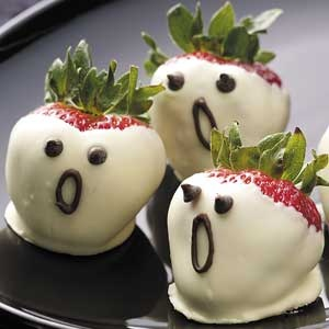 food / Strawberry Ghosts Recipe from Taste of Home