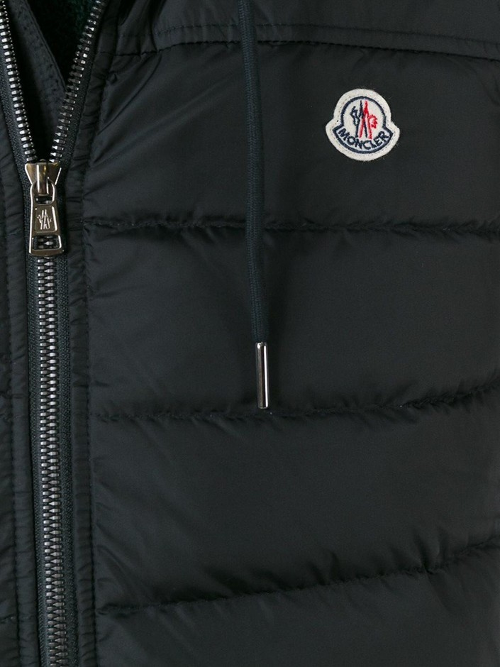 Moncler フード付き ダウンベスト - Apropos The Concept Store - Farfetch.com