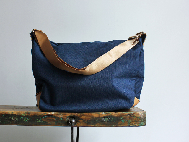 hobo CORDURA 1000 Shoulder Bag (ショルダーバッグ) Strato