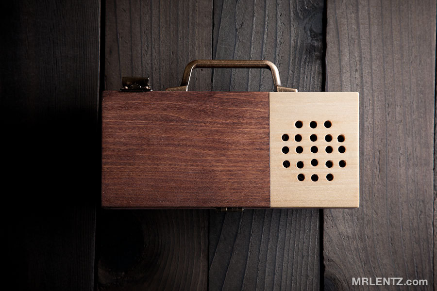 Wooden Detachable Bicycle Stereo for your Smartphone by MrLentz