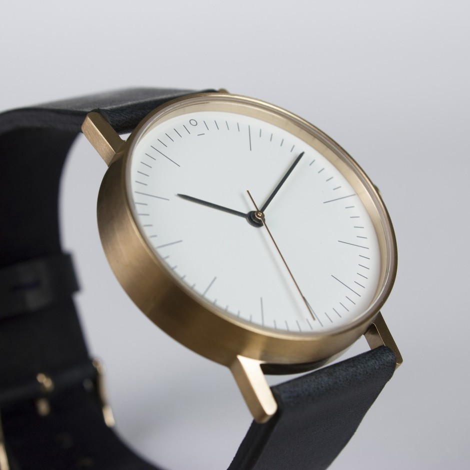 S002R | Stock Watches