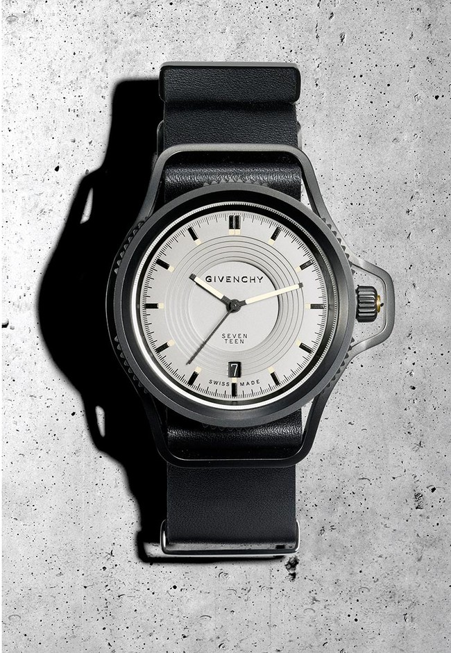 Fucking Young! » Givenchy Seventeen watch by Riccardo Tisci