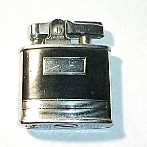 1950`S RONSON STANDARD BLACK ENAMEL POCKET LIGHTER (Tobacciana-Lighters) at Boondockcabin Antiques and Collectibles