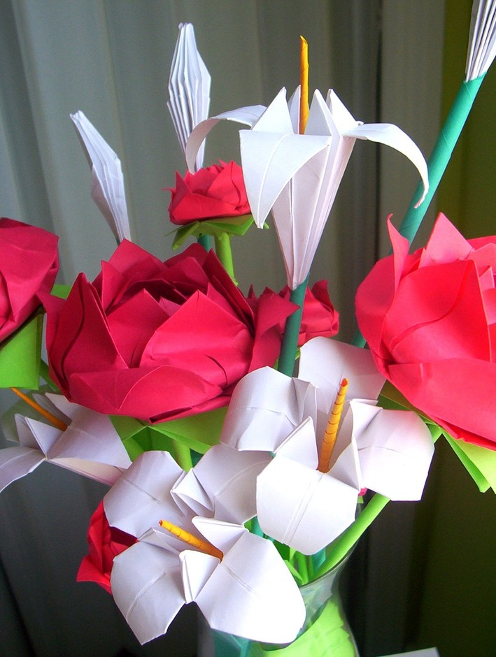 Origami Flowers Red Roses and White Lilies by Lusine on Etsy