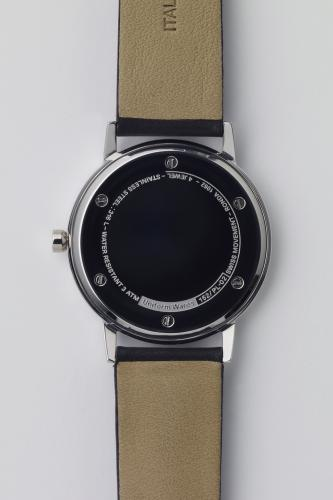 150 series wristwatch/152 PL-02 - Toi -webshop-