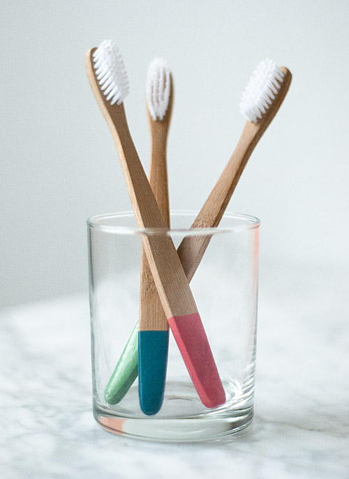 diy project: rubber dipped toothbrushes | Design*Sponge
