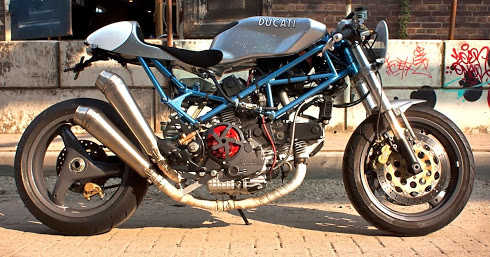 """Radical Ducati S.L.: From Holland Mario """"Radicallize"""" his Monster"""