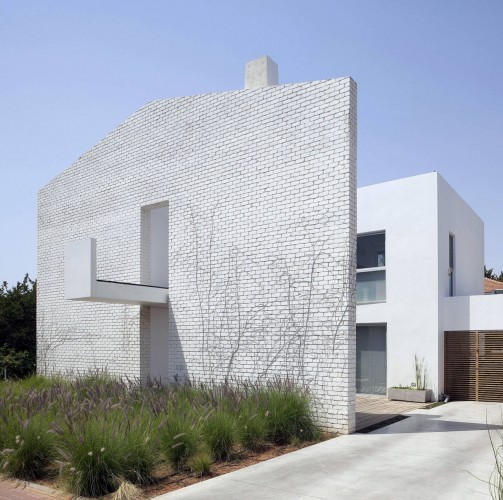 House N / Sharon Neuman Architects & Oded Stern-Meiraz   ArchDaily