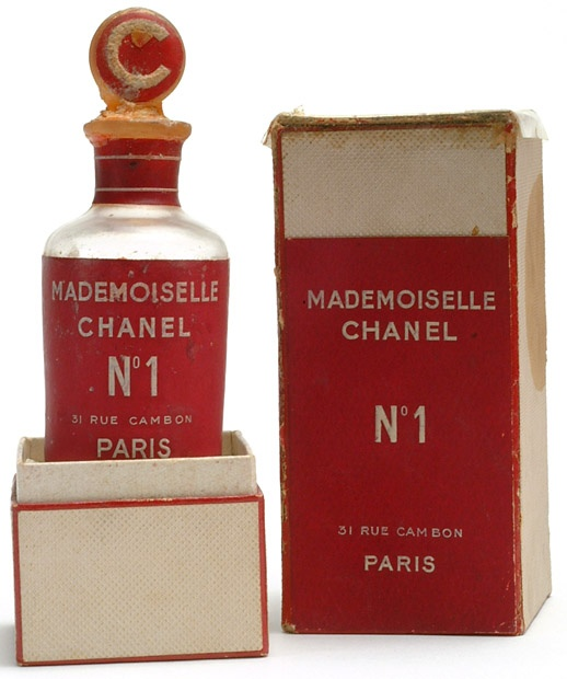 - CHANEL - / Chanel No 1 Parfum. Never officially sold. 1942-1946 experimentation.