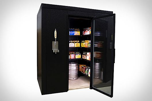 walk in beer cooler with a built in kegerator-metroseoul