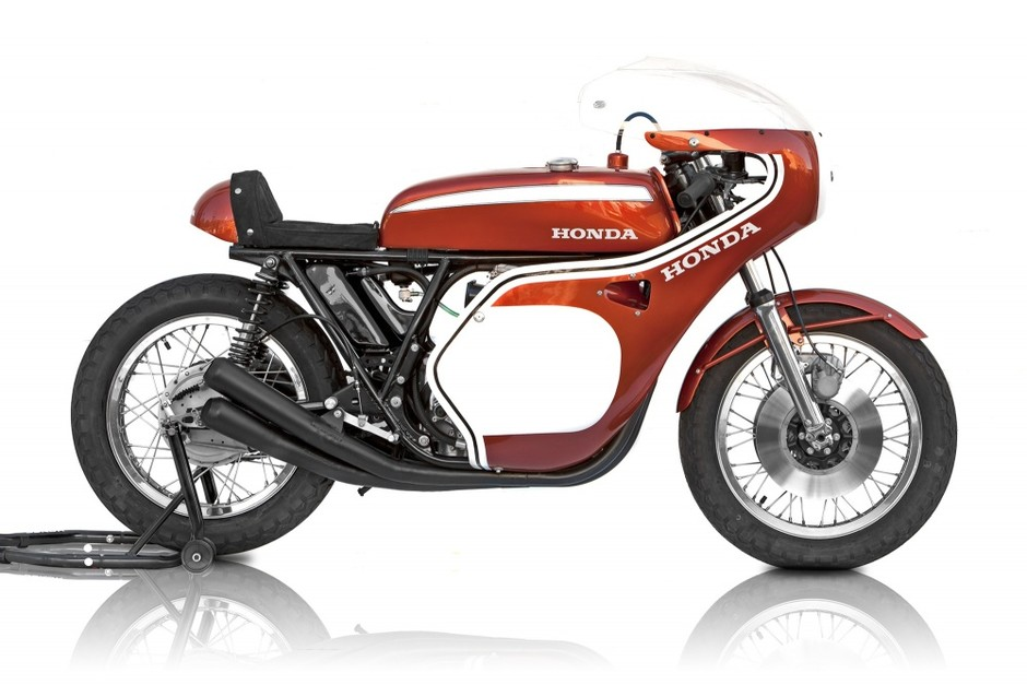 Dick Mann CB750 - Motorcycles
