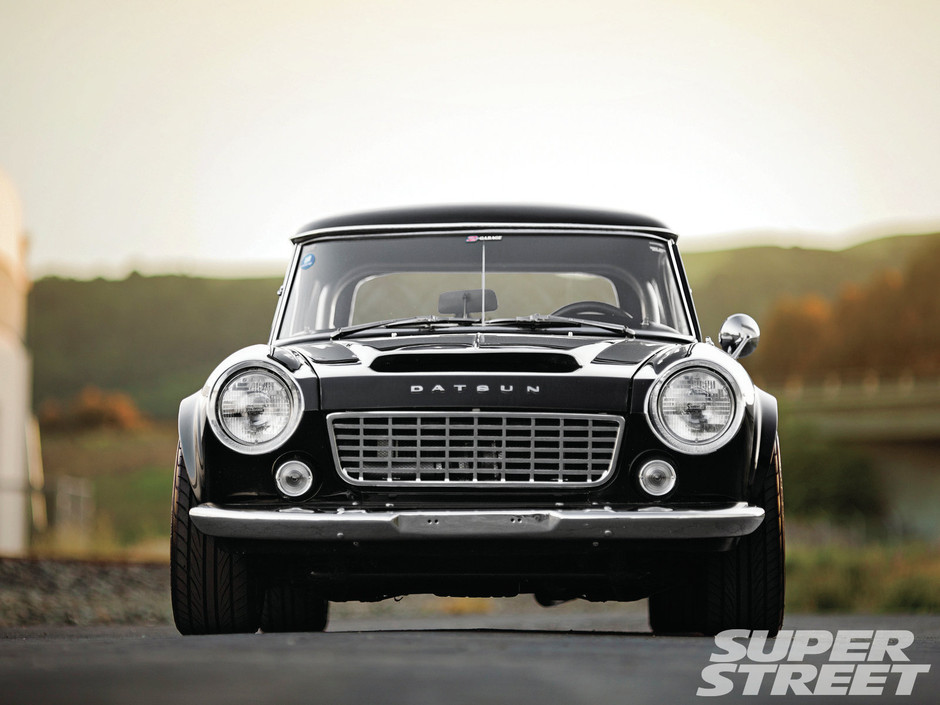 1967 Datsun Roadster Datsun 1500 Grille Photo 11