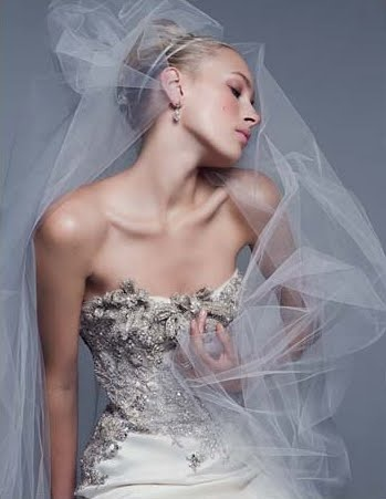 Monique Lhuillier | Dreamy Wedding Dresses