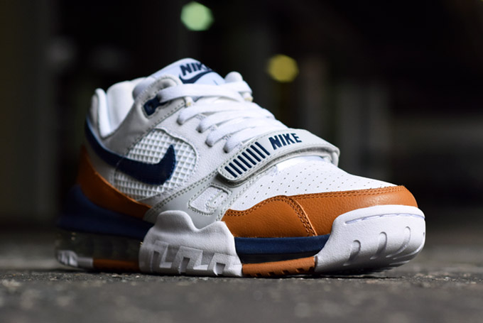 round about: NIKE AIR TRAINER 360 2 MEDECINE BALL