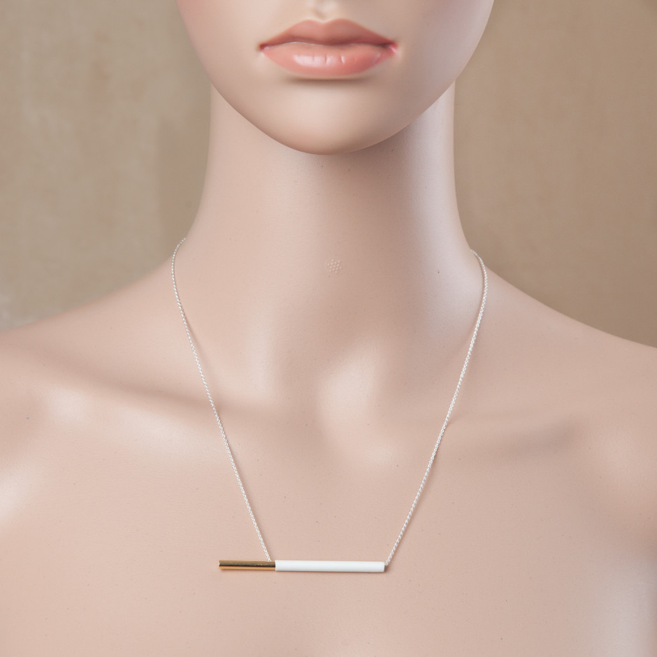 POCKY NECKLACE WHITE   FAUX/real