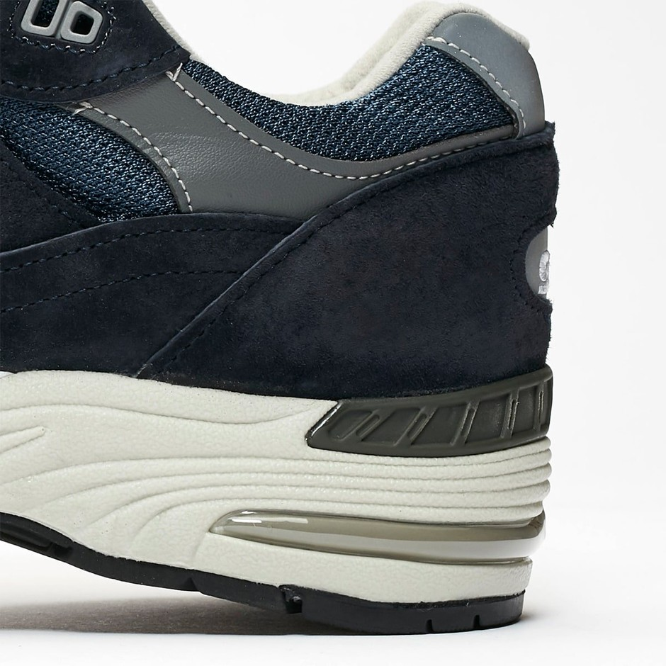 Available Now // New Balance 991 in Timeless Navy and Grey - HOUSE OF HEAT | Sneaker News, Release Dates and Features