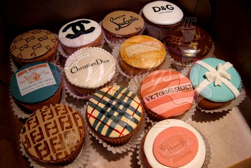 chanel, cupcake, cupcakes, cute, delicious - inspiring picture on Favim.com