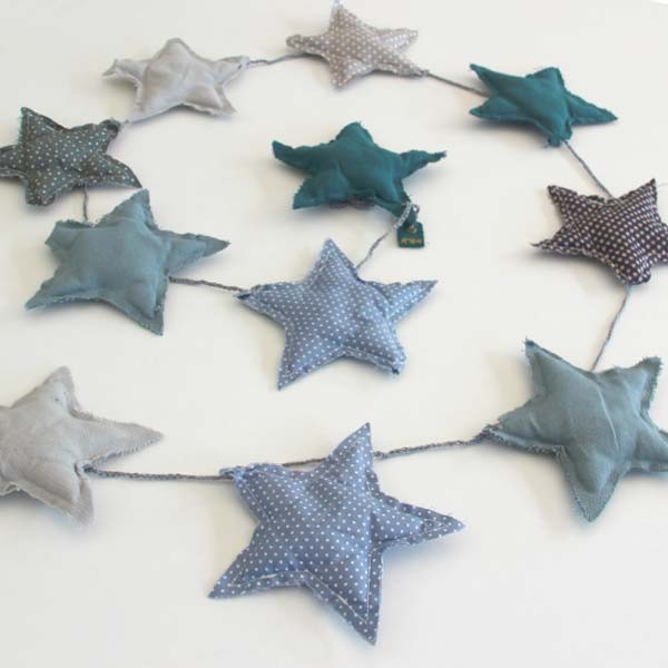 Numero 74 - Blue Star Garland - POP-LINE