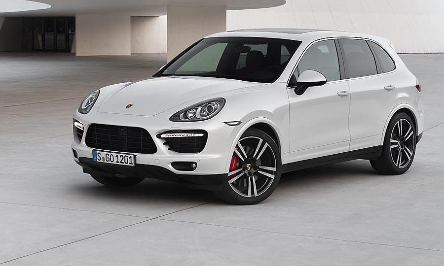 2013 Porsche Cayenne Turbo S shows up with 550 horsepower [UPDATE]